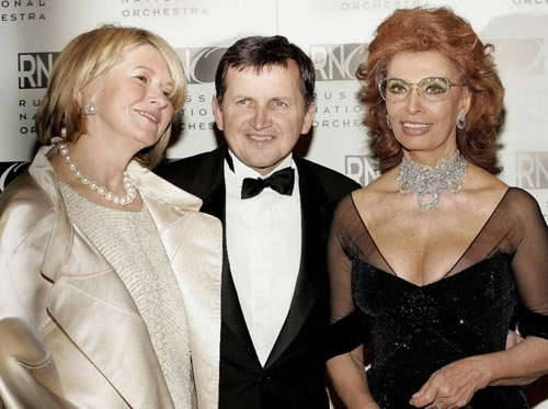 [AP/Stephen Chernin]