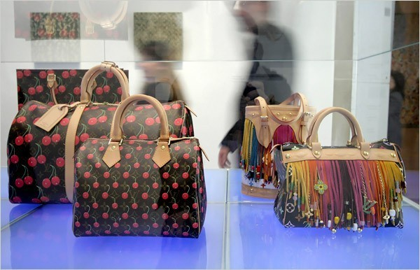 [Photo: Julien Jourdes for The New York Times]When the show made its debut last fall at the Museum of Contemporary Art in Los Angeles, the shop was criticized for blurring the already fuzzed line between seemingly functional and nonfunctional luxury goods (i.e., art). But actually it's an ingenious key to the Pandora's box of Mr. Murakami's art and stuffed with questions of art and commerce, high and low, public brand and private expression, mass production and exquisite craft.