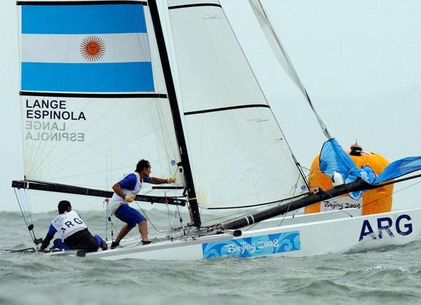 [Foto:AFP] Los argentinos terminaron sextos en la Medal Race de la Clase Tornado y se subieron al podio