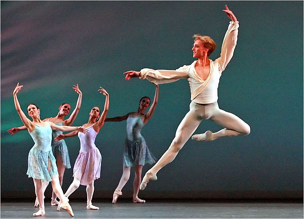"[Photo: Andrea Mohin/The New York Times] Mr. Hallberg in ""Ballo Della Regina."