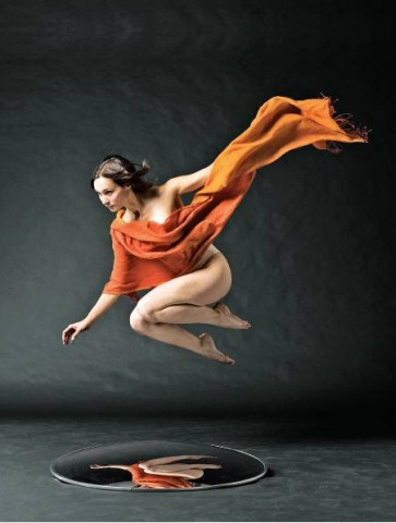 """[LOIS GREENFIELD]LEAPS AND BOUNDSThe Gallery at Dance New Amsterdam hosts """"Celestial Bodies,"""" an exhibit by photographer Lois Greenfield. Ms. Greenfield, who describes herself as """"anti-posing,"""" has collaborated with dancers since the 1980s. She explored the physical tension between energy and confinement in her first book of photographs, """"Breaking Bounds"""" (Chronicle), and turned her lens on dancers in flight in """"Airborne"""" (Chronicle). """"Celestial Bodies"""" showcases her latest work, which includes the 2007 photograph of dancer Eileen Jaworowicz, above."""