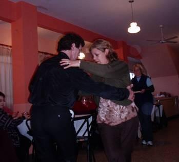 El Profe bailando con Silvia Robles