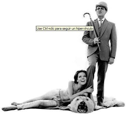 Paul Macnee como John Steed y Diana Rigg en el papel de Emma Peel